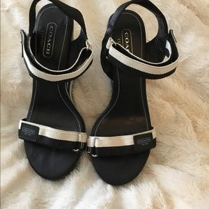 Coach Blue/Black/White Sandal Wedges NWOT 6 1/2